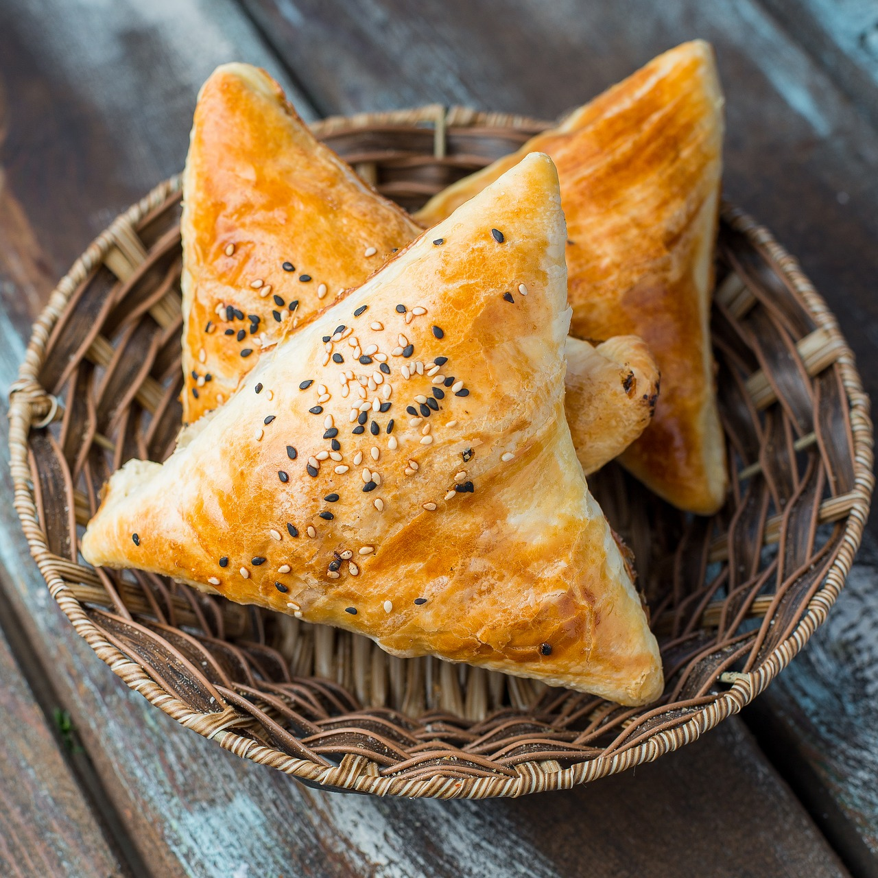 Never hurt a Samosa's feelings by telling it no. They too have fillings inside