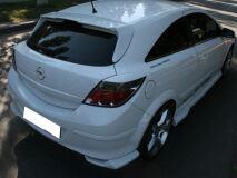 Реснички на фары для Opel Astra H хэтч. 3 двери. задние