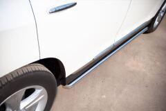 Пороги труба D63 для Toyota Highlander 2010-2013