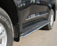 Пороги труба D42 для Toyota Land Cruiser 200 2007-2011
