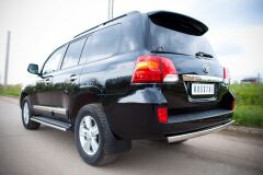 Защита заднего бампера 75х42 для Toyota Land Cruiser 200 2012-2015