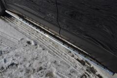 Пороги труба 75х42 овал с проступью для Hyundai Santa Fe 2012-2015