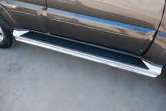 Защита порогов D42 для Mitsubishi Pajero 4 2014-