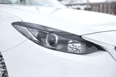 Накладки на передние фары (реснички) Mazda 3 седан 2013-2016 (III дорестайлинг)