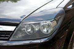 Накладки на передние фары (реснички) Opel Astra (универсал) 2006—2012, Astra 2007—2009