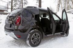 Накладки на внутренние пороги дверей Вариант 2 Renault Duster 2010-