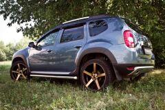 Накладки на колёсные арки Renault Duster 2010-2014