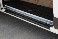 Накладка на порог боковой двери Citroen Jumper 2006-2013 (250 кузов), 2014-н.в. (290 кузов)