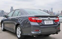 Спойлер на Toyota Camry v50 v 55 2011-нв
