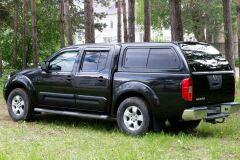 Молдинги на двери широкие Nissan Navara 2005-2010 ГЛЯНЕЦ (ПОД ПОКРАСКУ)