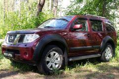 Молдинги на двери узкие Nissan Pathfinder 2004-2013 (R51) ШАГРЕНЬ