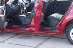 Накладки на внутренние пороги дверей Renault Sandero 2009-2013, Sandero Stepway 2009-2013