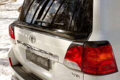 Спойлер крышки багажника Toyota LC 200 2007-2015