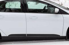 Молдинги на двери Ford Focus III 2014- (рестайлинг) ГЛЯНЕЦ (ПОД ПОКРАСКУ)