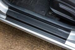 Накладки в проём дверей (АБС) KIA Rio III седан с 2011 по 2017 г.в. - комплект 4 штуки