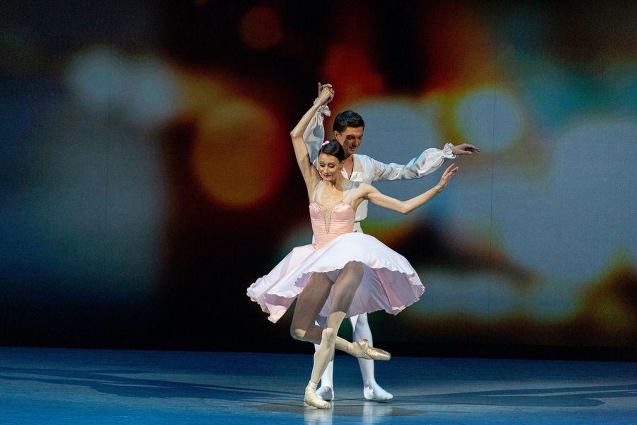 фото Гала-концерт в НОВАТе: это надо видеть 17