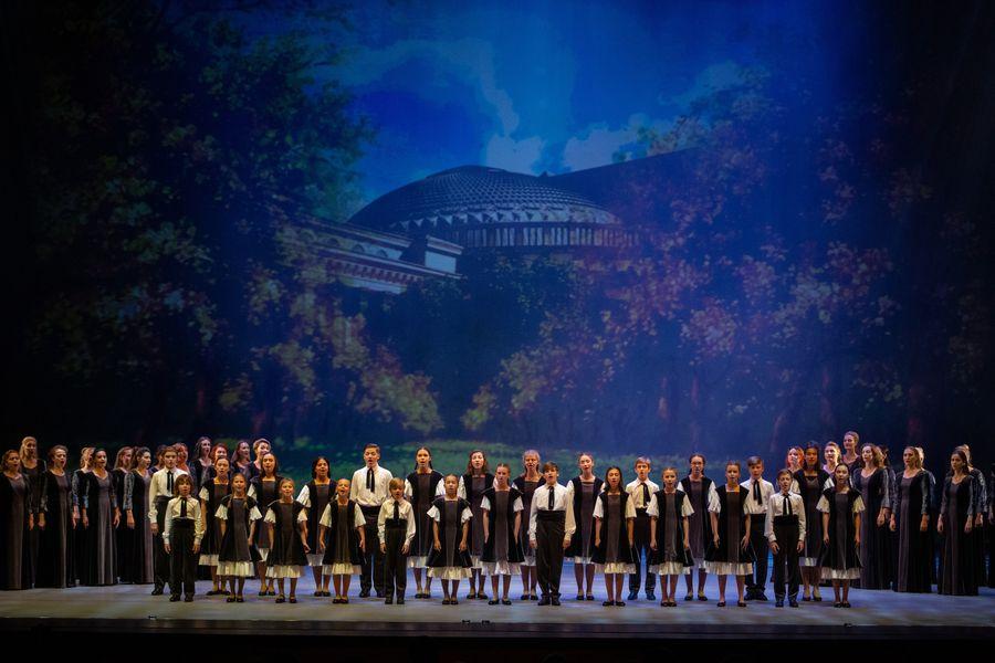 фото Гала-концерт в НОВАТе: это надо видеть 33
