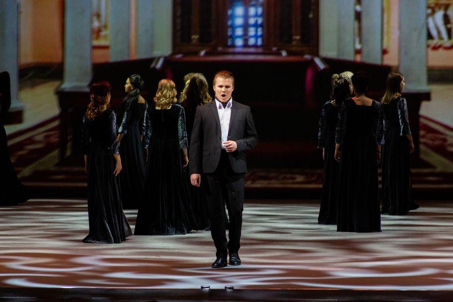 фото Гала-концерт в НОВАТе: это надо видеть 24