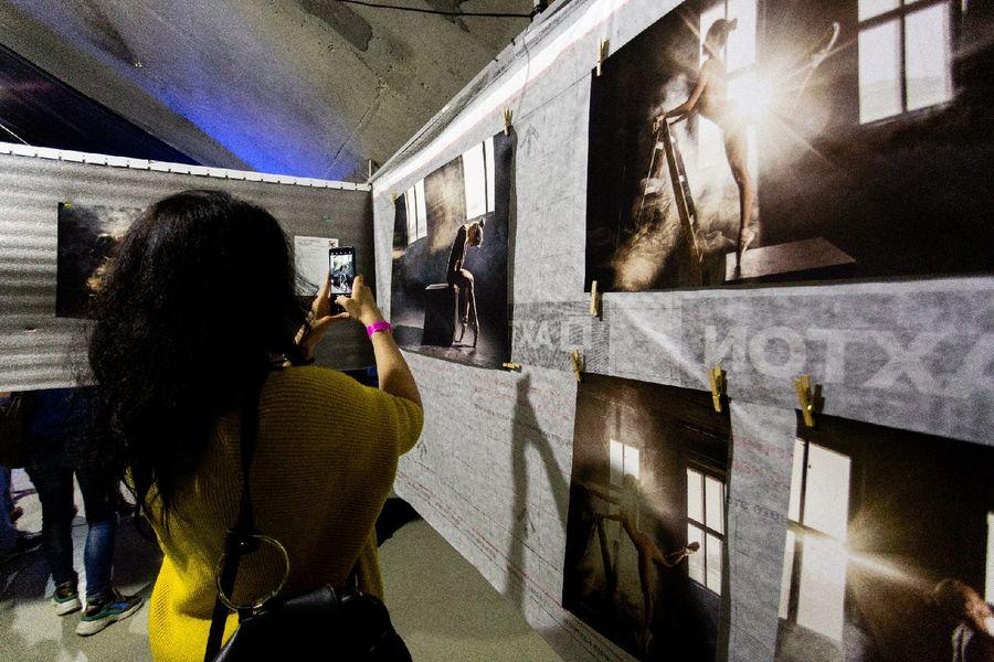 фото Эротическое искусство представили на суд жителей Новосибирска 16