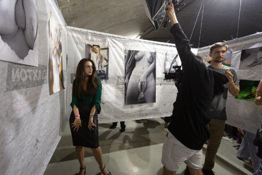 фото Эротическое искусство представили на суд жителей Новосибирска 17