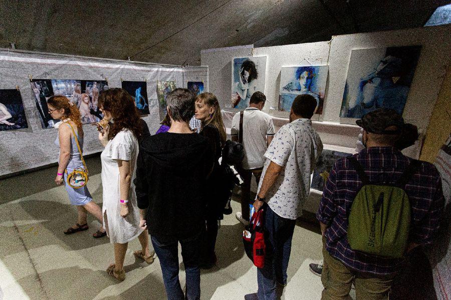 фото Эротическое искусство представили на суд жителей Новосибирска 33