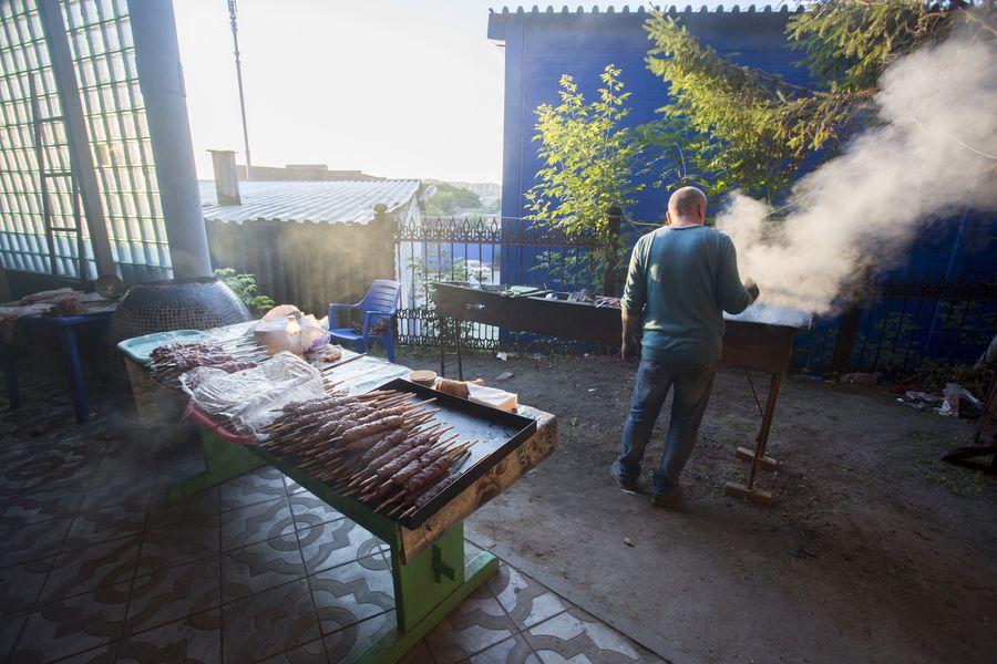 фото Мусульмане отмечают праздник жертвоприношения Курбан-байрам в Новосибирске 4