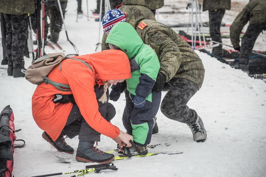 фото Влюблённые в лыжи: массовый заезд в Новосибирске 78