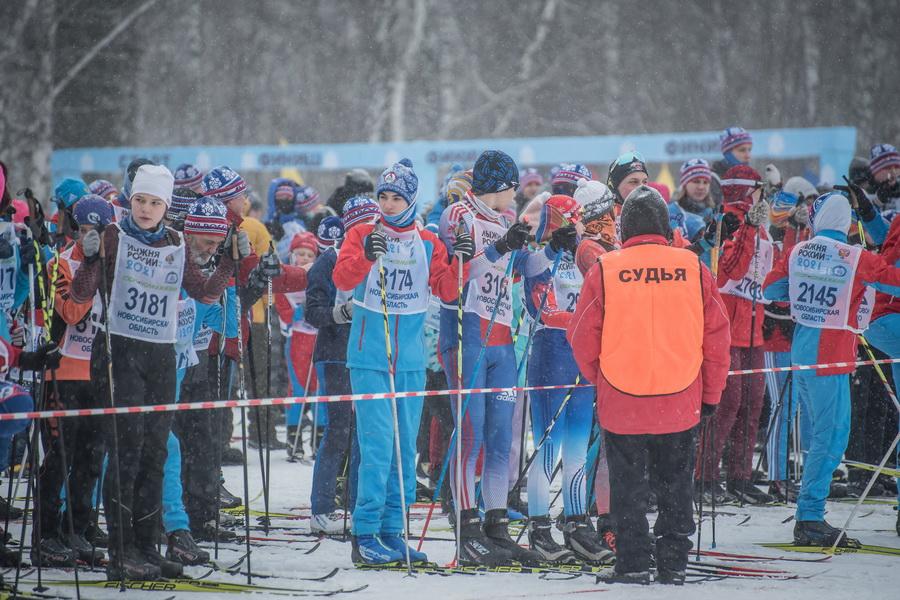фото Влюблённые в лыжи: массовый заезд в Новосибирске 68