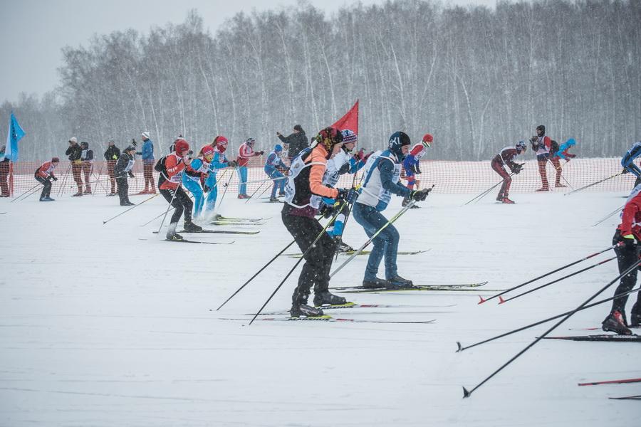 фото Влюблённые в лыжи: массовый заезд в Новосибирске 61