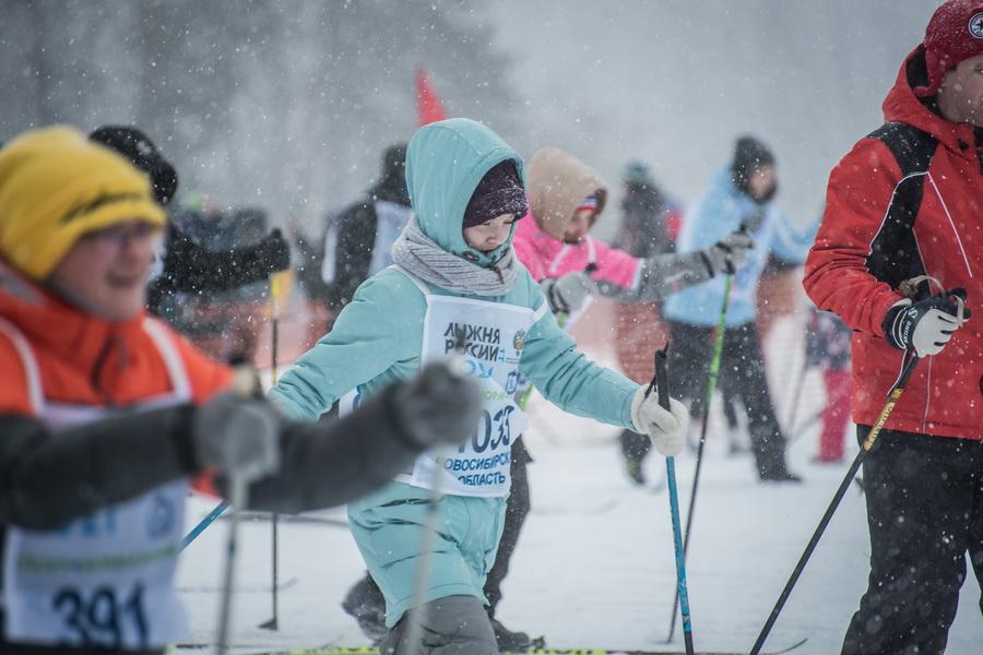 фото Влюблённые в лыжи: массовый заезд в Новосибирске 54