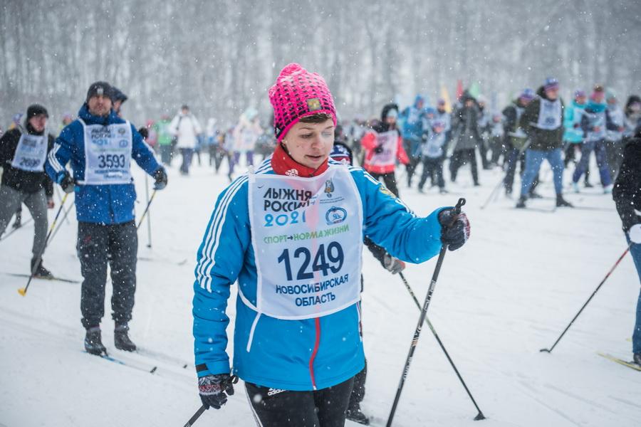 фото Влюблённые в лыжи: массовый заезд в Новосибирске 53