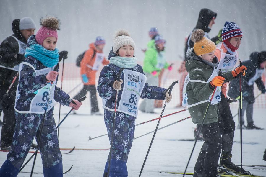 фото Влюблённые в лыжи: массовый заезд в Новосибирске 51