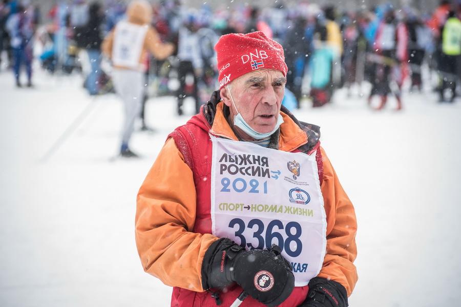 фото Влюблённые в лыжи: массовый заезд в Новосибирске 44