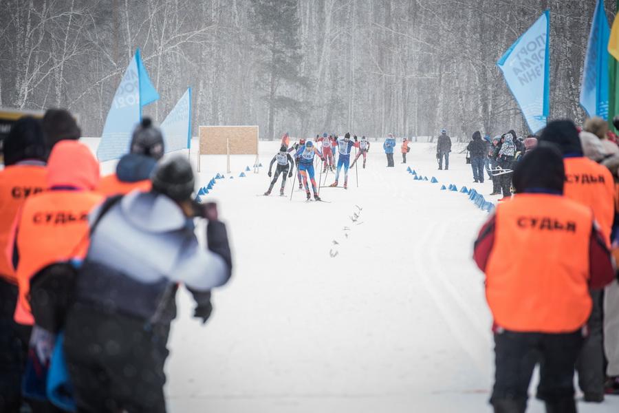 фото Влюблённые в лыжи: массовый заезд в Новосибирске 43