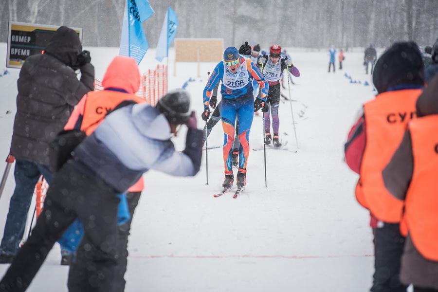 фото Влюблённые в лыжи: массовый заезд в Новосибирске 42