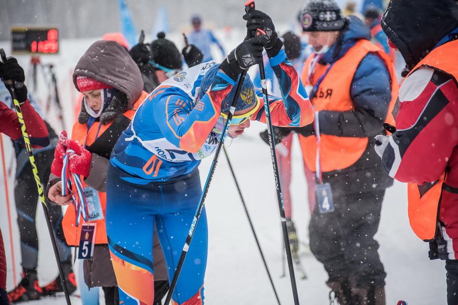 фото Влюблённые в лыжи: массовый заезд в Новосибирске 40
