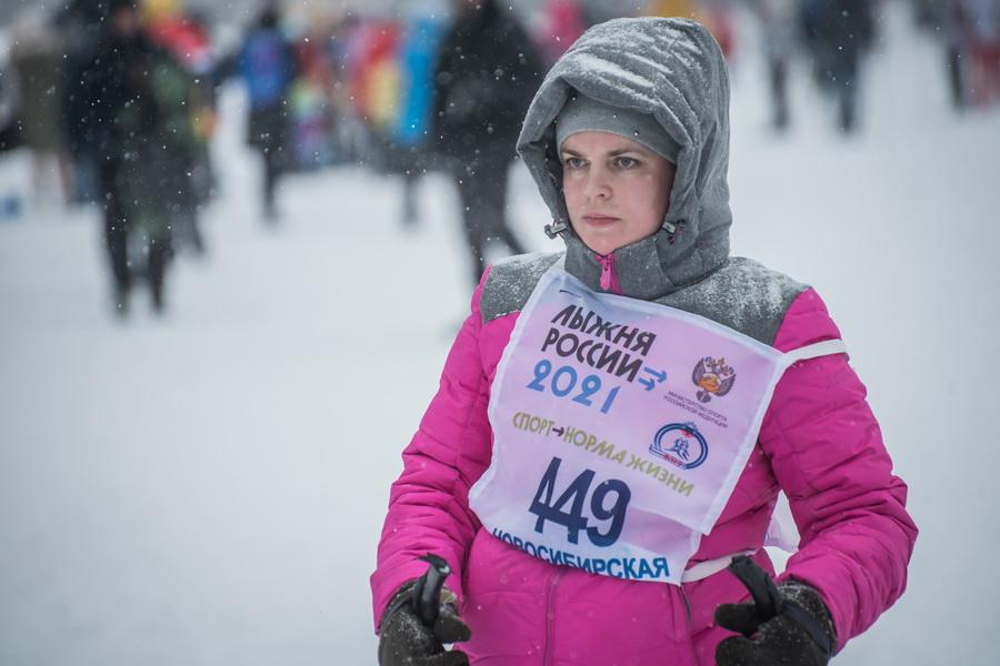фото Влюблённые в лыжи: массовый заезд в Новосибирске 32