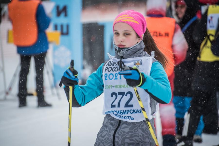 фото Влюблённые в лыжи: массовый заезд в Новосибирске 28