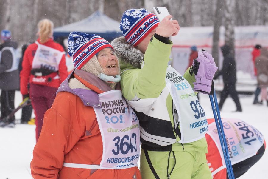 фото Влюблённые в лыжи: массовый заезд в Новосибирске 22