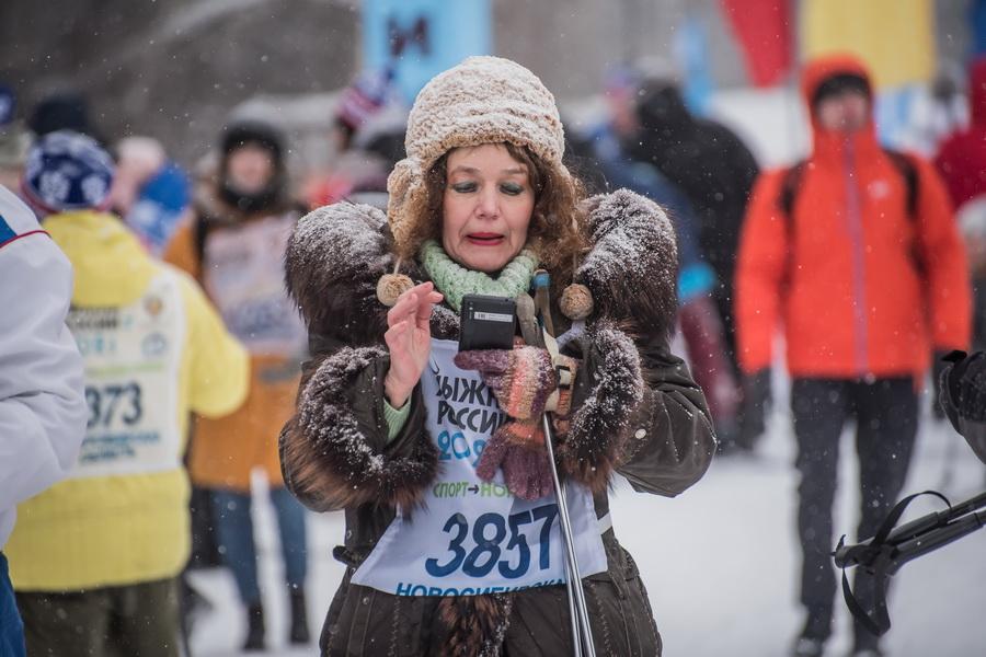 фото Влюблённые в лыжи: массовый заезд в Новосибирске 16