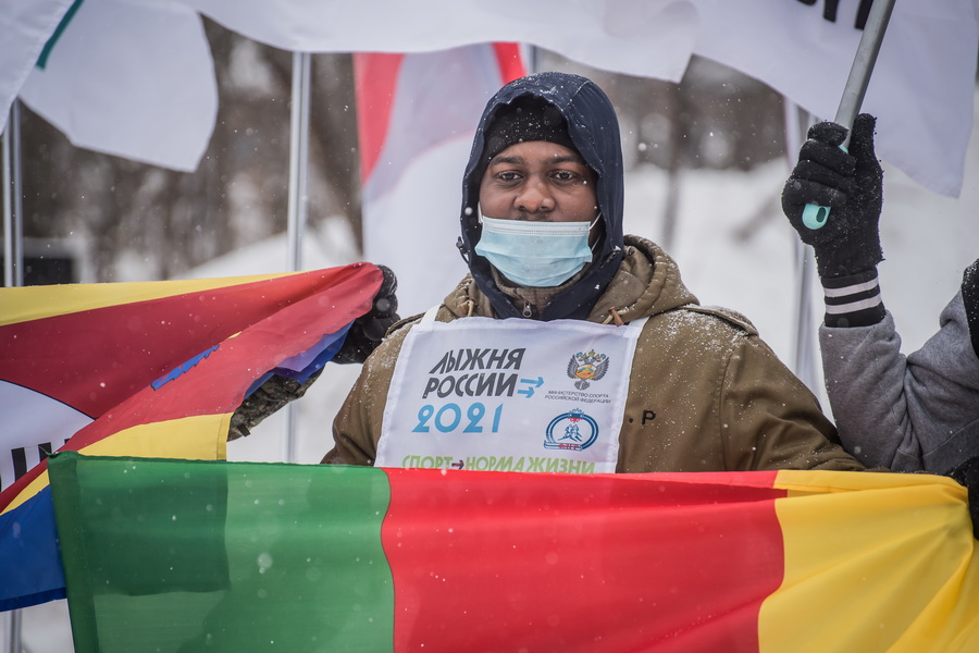 фото Влюблённые в лыжи: массовый заезд в Новосибирске 11