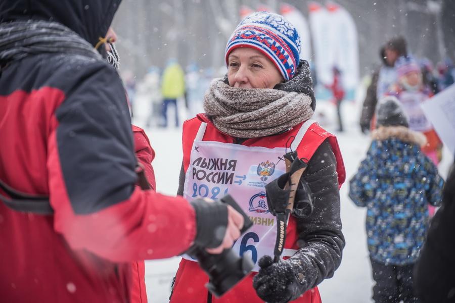 фото Влюблённые в лыжи: массовый заезд в Новосибирске 6