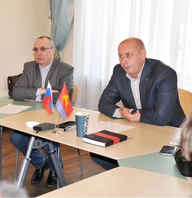 Юрий Гришан и Олег Дудник Фото www.magadangorod.ru