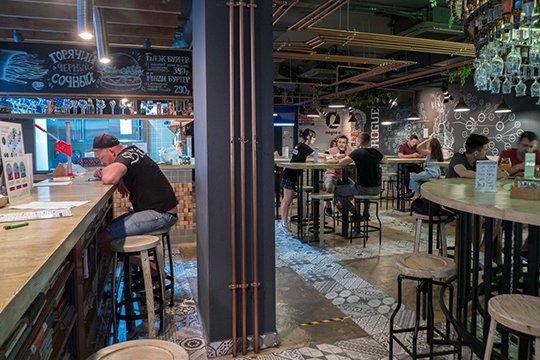 Работа в ресторанах ночных клубах москвы клубы ночные на ленинском проспекте спб