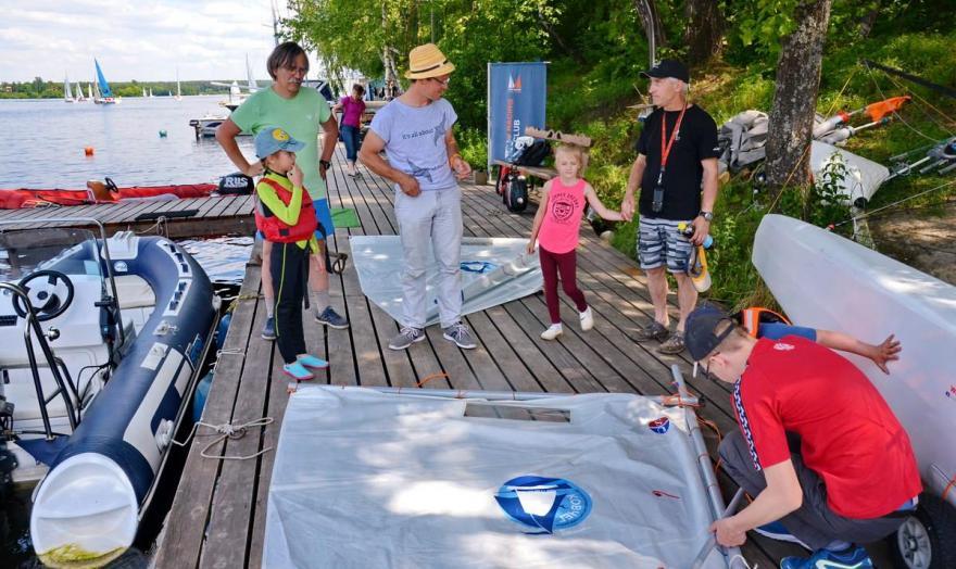 Детская парусная школа! Обучение детей яхтингу.