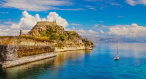 Ионические острова с борта парусной яхты