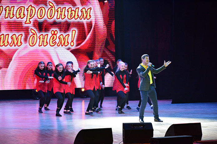 8 марта 2021, торжественное собрание в ЦДК г. Белово