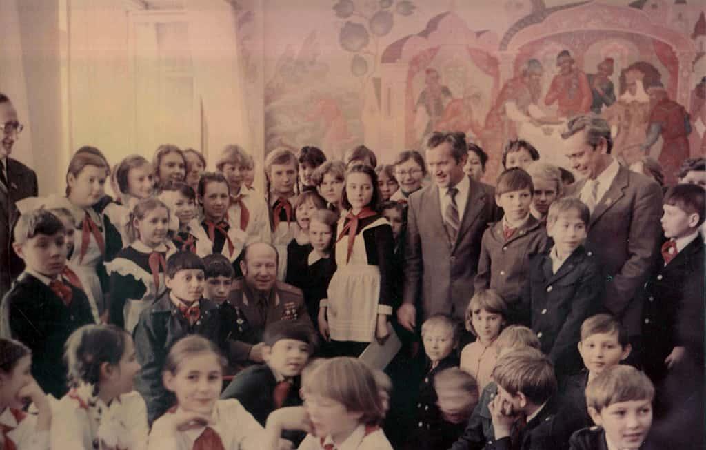 Космонавт Алексей Леонов в Белово, 1982 год